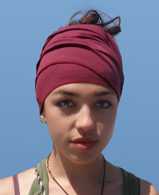 Burgendy Head Wrap on 3 Bl