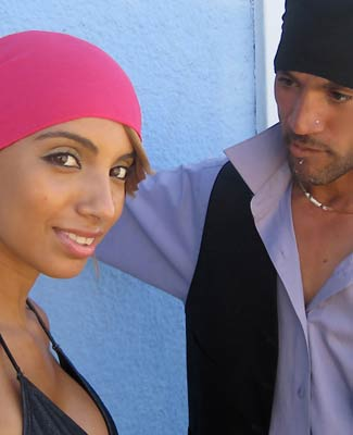 Hot Pink Head Wrap on 2TR